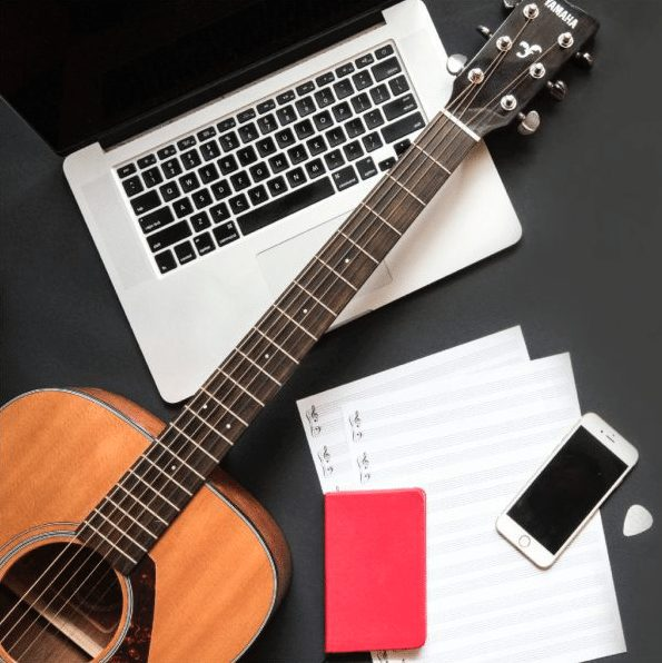 Savvy Musician Academy, the online musician, Leah mchenry, facebook for musicians, music career marketing, music industry education